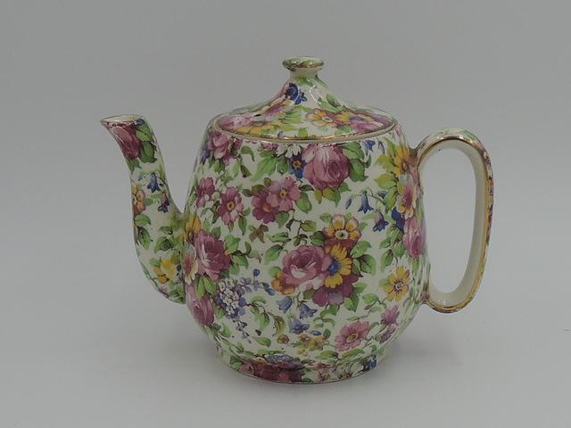 Vintage Royal Winton Chintz Summertime Breakfast Set Teapot Tea for One Countess
