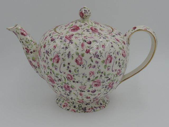 Vintage Royal Winton Chintz Rose Dubarry Albans Shape Teapot 6 Cups