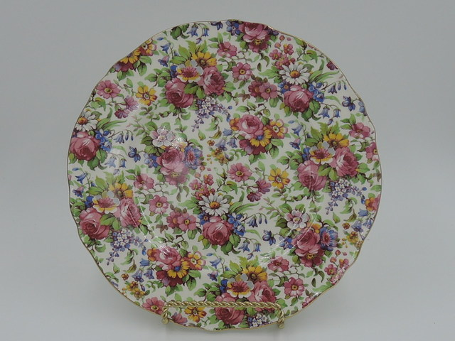 "Vintage Royal Winton Chintz Summertime 7.75"" Plate"