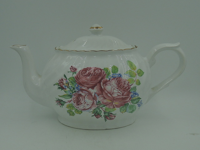 Vintage Arthur Wood & Son Teapot Pink Roses 6442
