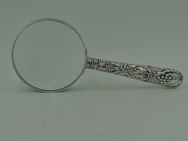 Antique Edwardian Ornate Sterling Silver Handle Magnifying Glass Grapes & Leaves