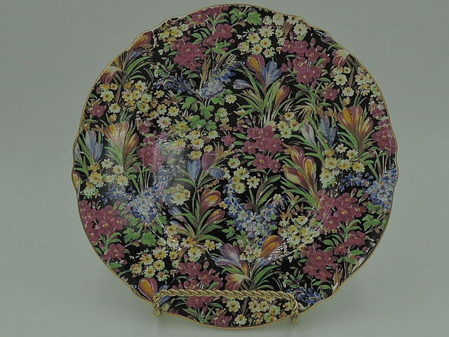 "Vintage Royal Winton Chintz Black Crocus Triumph 7"" Plate"