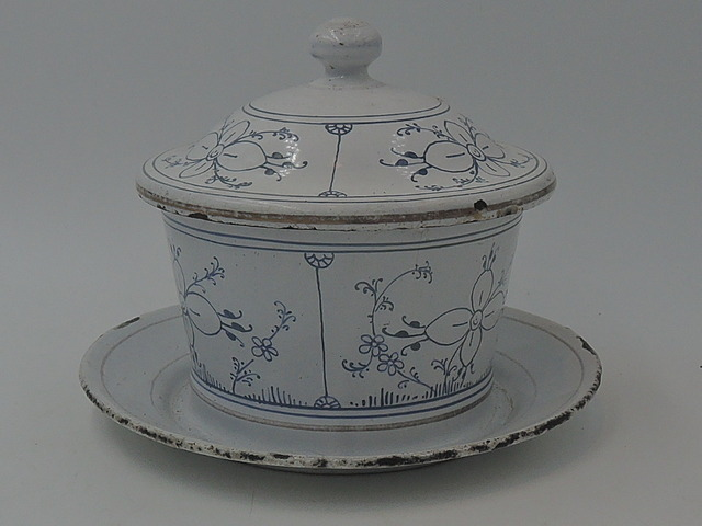 Vintage Blue & White Enamelware Round Butter Dish Enamel 1930's