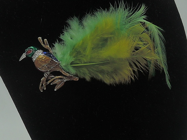 Vintage Enamel Parrot Bird With Feathered Tail Rhinestones Brooch Pin