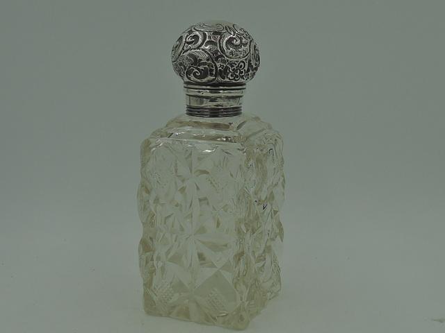 Antique Edwardian Large Ornate Sterling Silver Lid & Cut Glass Perfume Bottle 1903