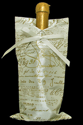 French Script Wine Bag