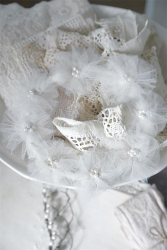Small Vintage Wreath With Pearls